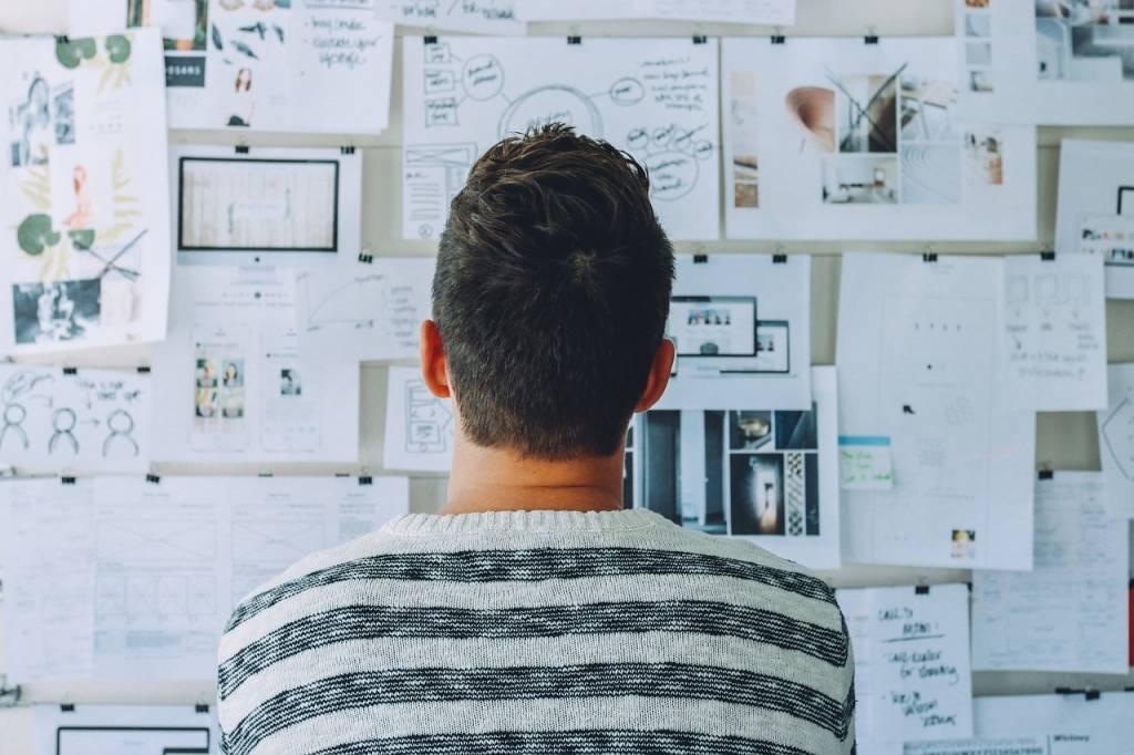Come smettere di procrastinare e vivere una vita più felice